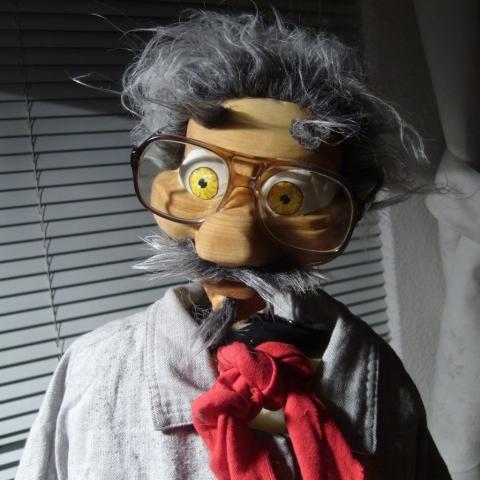 Marionnette en bois, proffesseur