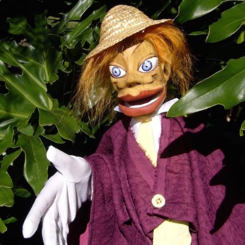 Marionnette en bois, sculpture, théâtre, personnage féminin